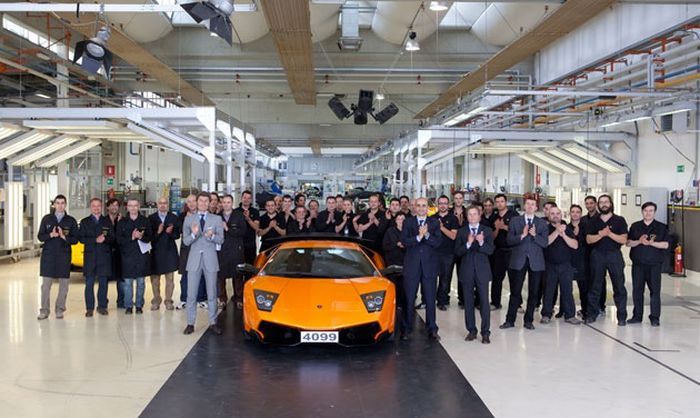 Окончание выпуска Lamborghini Murcielago (фото+текст)