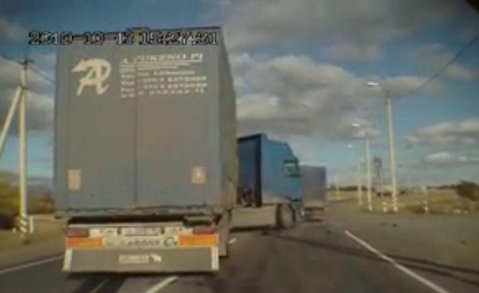 Авария дня часть 63 (фото+видео)