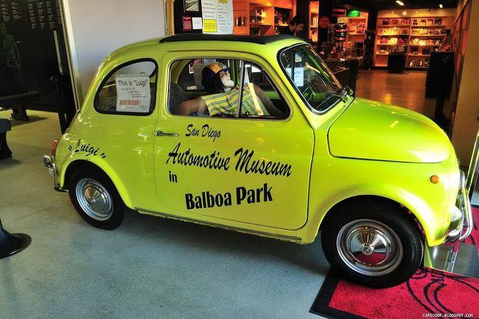 Автомобильный музей в Сан Диего (95 фото)