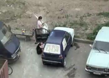 Настоящие профессионалы красят авто где угодно!