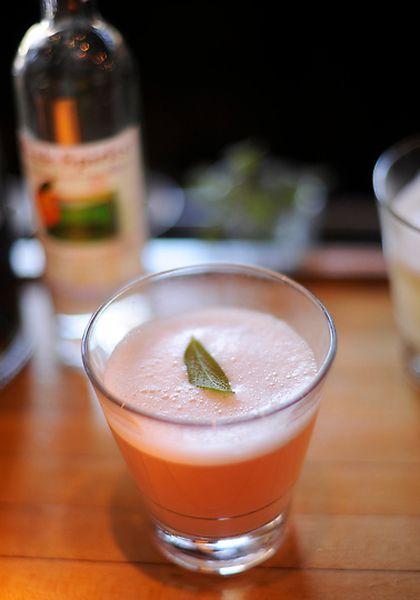 Как делают персиковый бренди (15 фото)