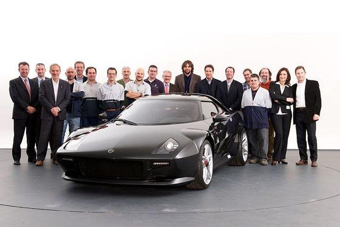 Новая Lancia Stratos передана владельцу (4 фото)