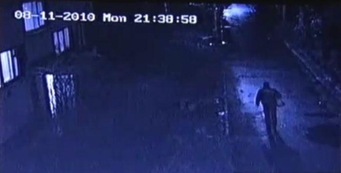 Подростки убили человека колесом (видео)