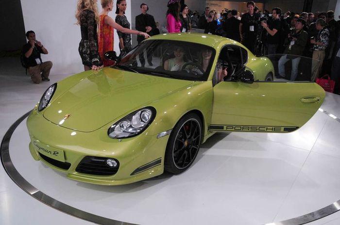 Новое купе Cayman R от компании Porsche (29 фото+видео)
