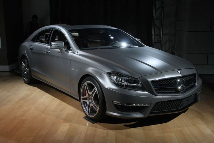 Премьера Mercedes CLS 63 AMG 2012 (49 фото)