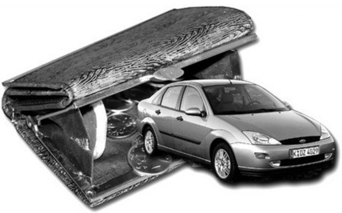 Транспортный налог снизится вдвое, но топливо подорожает (текст)