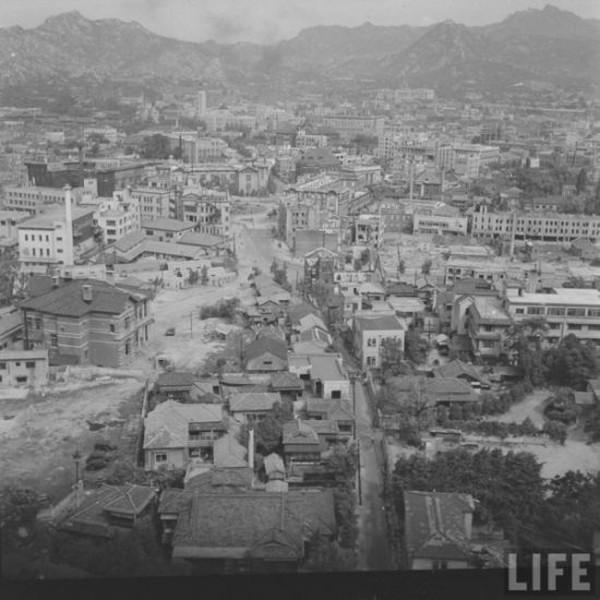 Современный Сеул и Сеул после корейской войны (26 фото)
