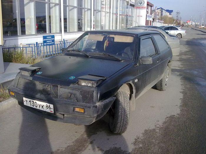 Суровый сургутский тюнинг ВАЗ 2108 (4 фото)