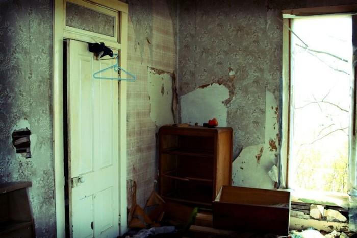 Фотографии заброшенного дома (38 фото)