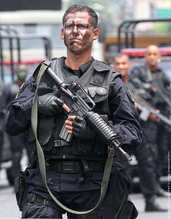 Война с наркомафией в Рио-де-Жанейро (19 фото)