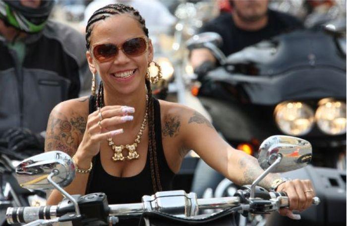 Девушки с Biketoberfest 2011 во Флориде (37 фото)