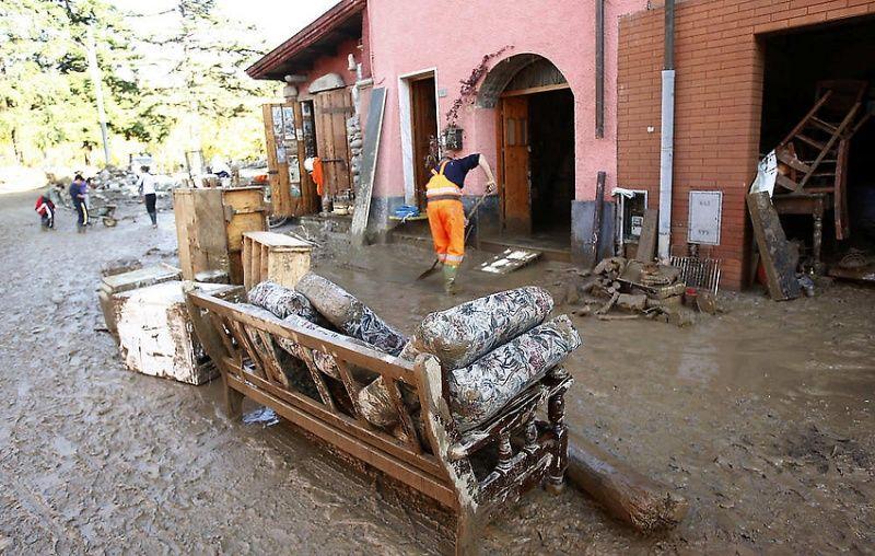 italy04 Наводнение в северо западной Италии