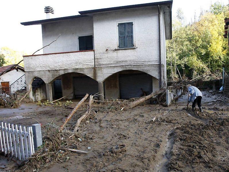 italy05 Наводнение в северо западной Италии