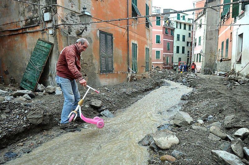 italy08 Наводнение в северо западной Италии
