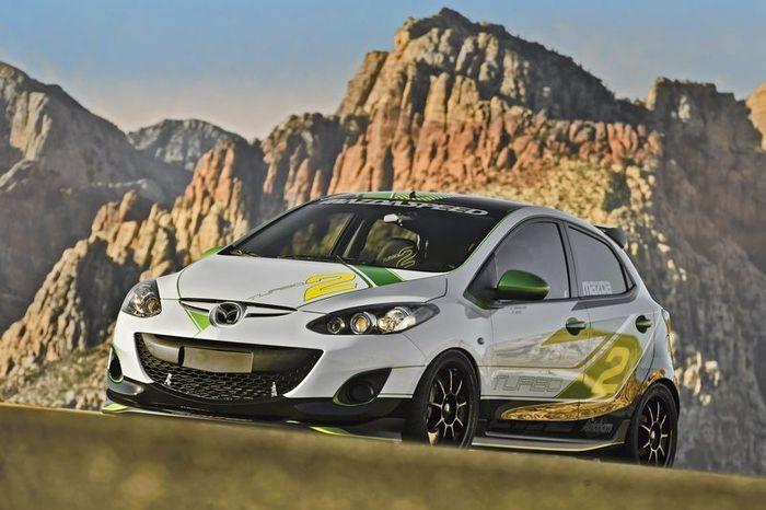 Mazda2 Turbo Concept показали на выставке SEMA (18 фото)