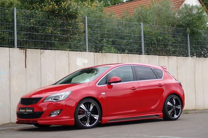 Ателье Senner Tuning прокачали Opel Astra J (9 фото)