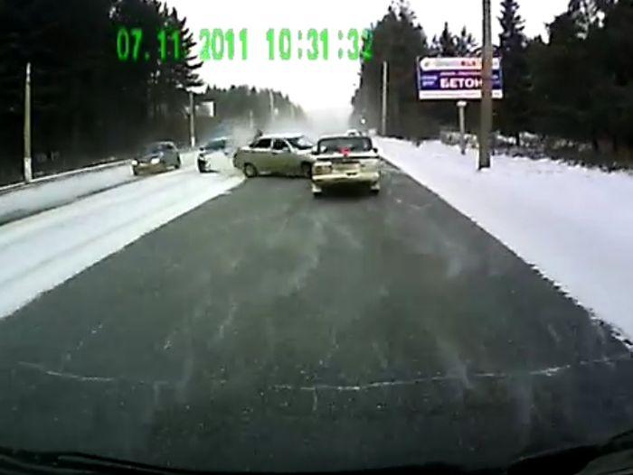 Авария дня часть 354 (фото+видео)