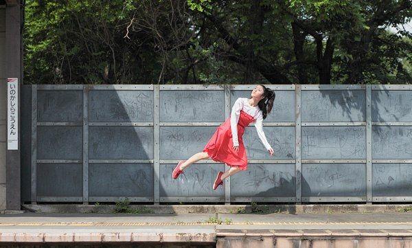 Летающая японка (22 фото)