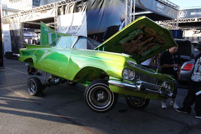 Автомобили-участники автошоу SEMA Motor Show 2011. Часть 4 (160 фото)