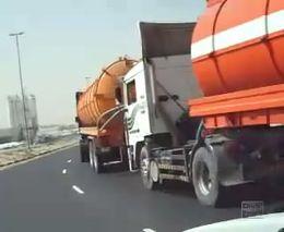 Пробка бензовозов в Дубайах