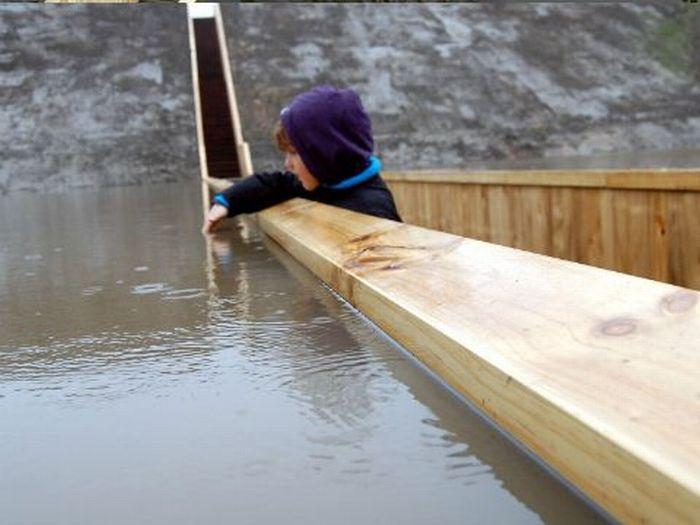 Оригинальный мост ниже уровня воды (12 фото + 1 видео)