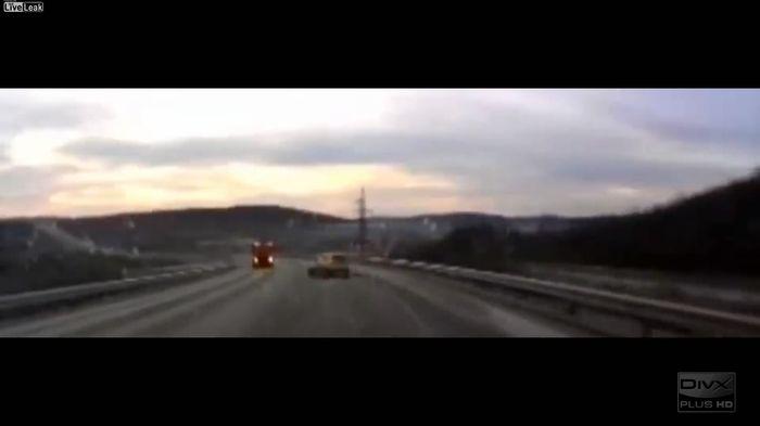 Авария дня часть 359 (фото+видео)