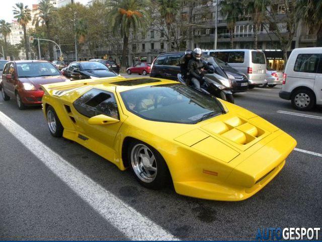 В Испании засветился редчайший суперкар конца 70-х (3 ФОТО)