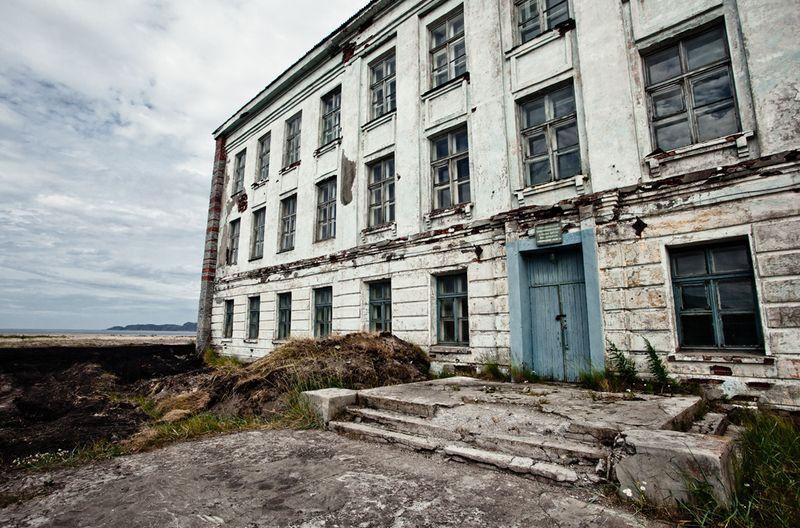 2180 Заброшенная школа на Кольском полуострове