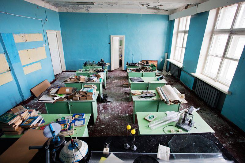2927 Заброшенная школа на Кольском полуострове