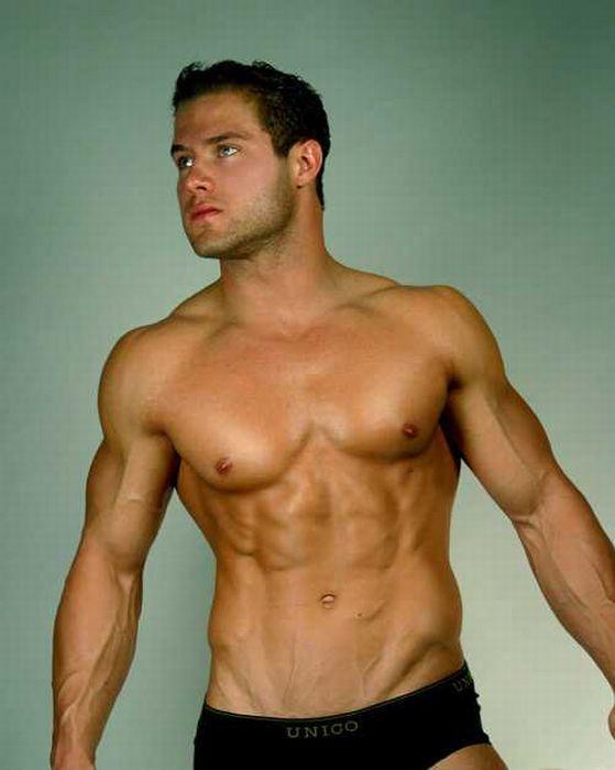 Сексуальные фотографии мужчин голых по торс