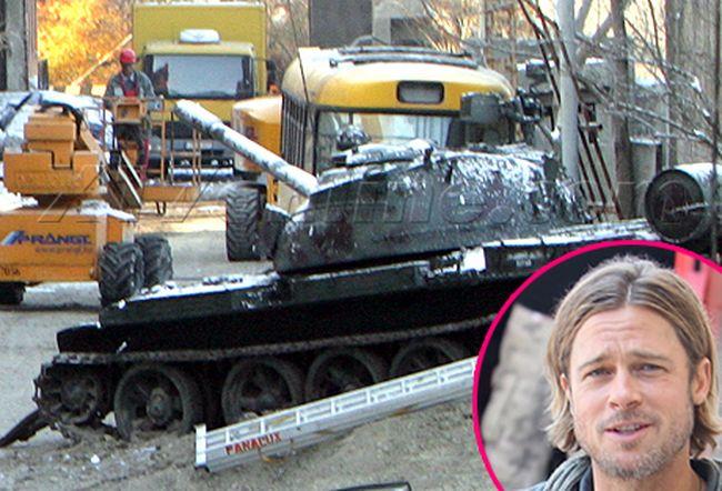 Брэд Питт обзавелся советским танком Т-34 (2 фото)