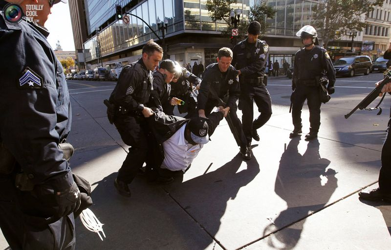occupy B Разгон «Оккупантов Уолл стрит»