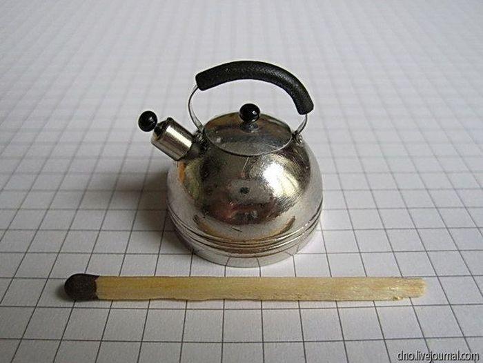 Чайник из ручки выдвижного ящика тумбочки (30 фото)