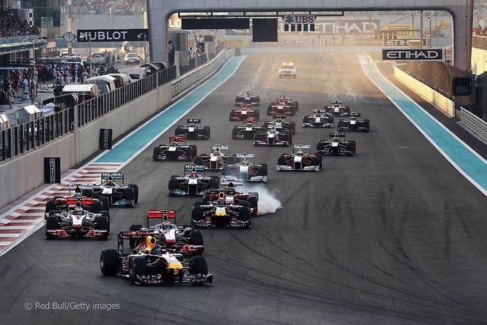 За кулисами Гран-при Абу-даби 2011 (52 фото)