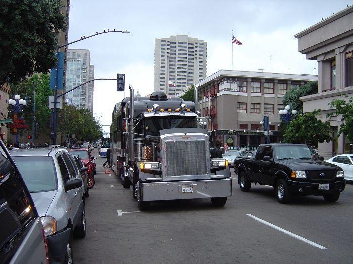 Midnight Rider - самый большой лимузин в мире (13 фото)