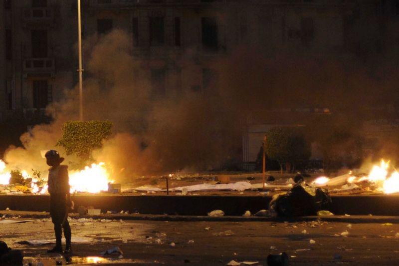 10128 990x660 Новые беспорядки в Каире