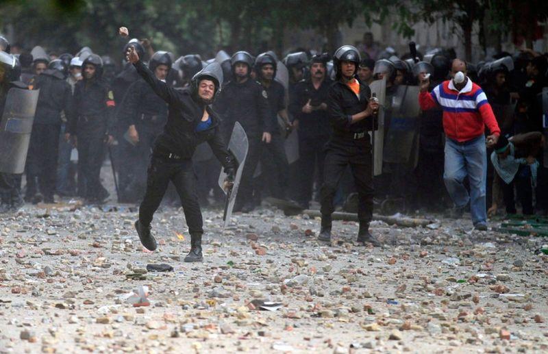 11158 990x640 Новые беспорядки в Каире