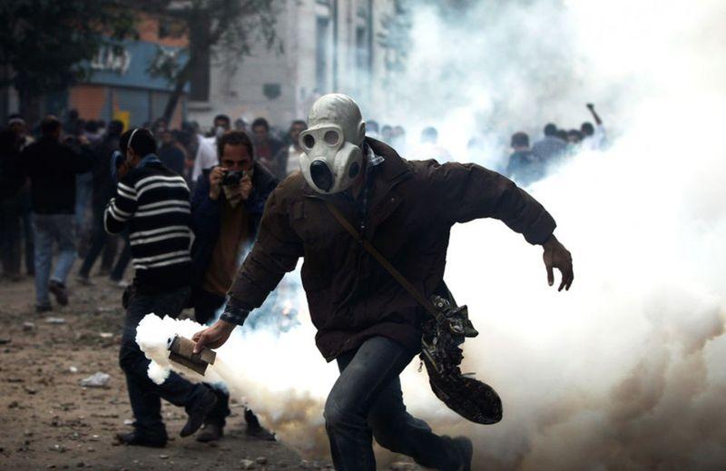 1607 990x643 Новые беспорядки в Каире