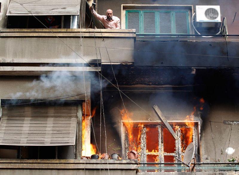 21127 990x725 Новые беспорядки в Каире