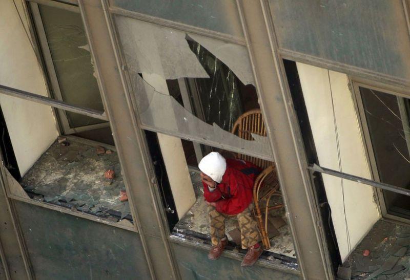 2748 990x678 Новые беспорядки в Каире