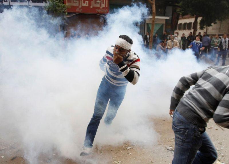 2946 990x707 Новые беспорядки в Каире