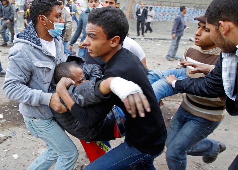 31114 990x709 Новые беспорядки в Каире