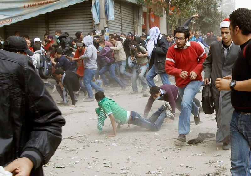 3341 990x694 Новые беспорядки в Каире