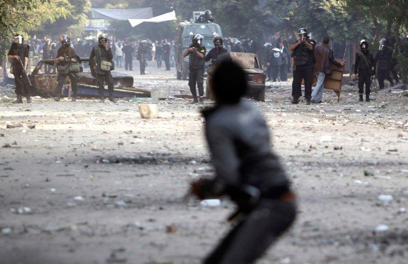 3437 990x642 Новые беспорядки в Каире