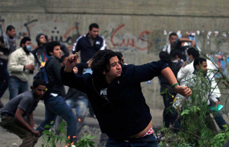 7164 990x639 Новые беспорядки в Каире