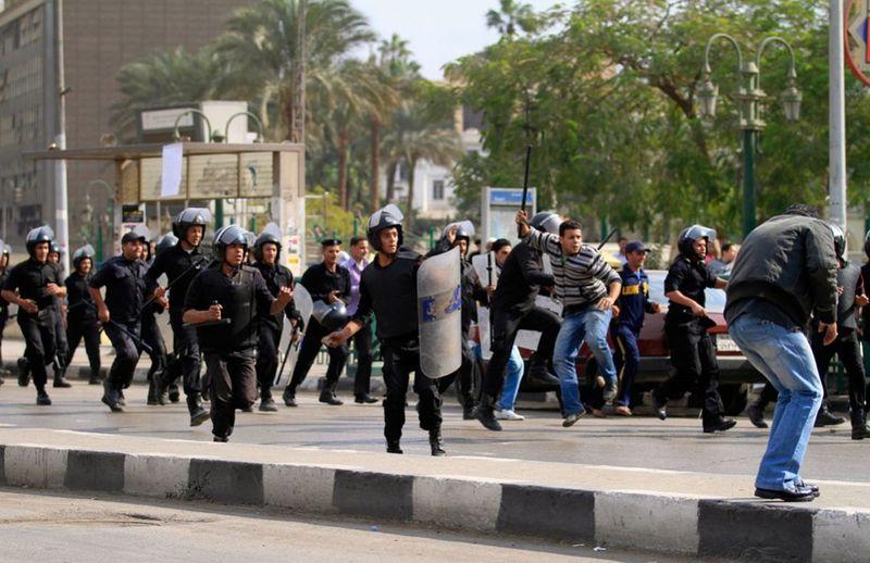 8151 990x642 Новые беспорядки в Каире