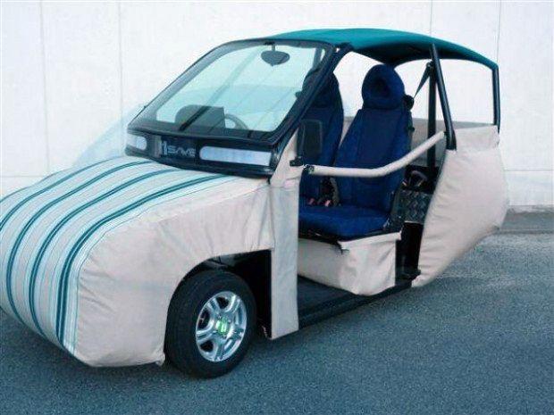 Автомобиль с внешними подушками безопасности (3 фото)