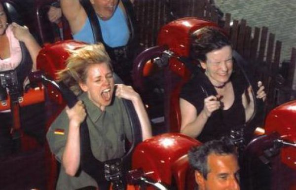 Забавные лица людей на американских горках. Часть 2. (38 фото)