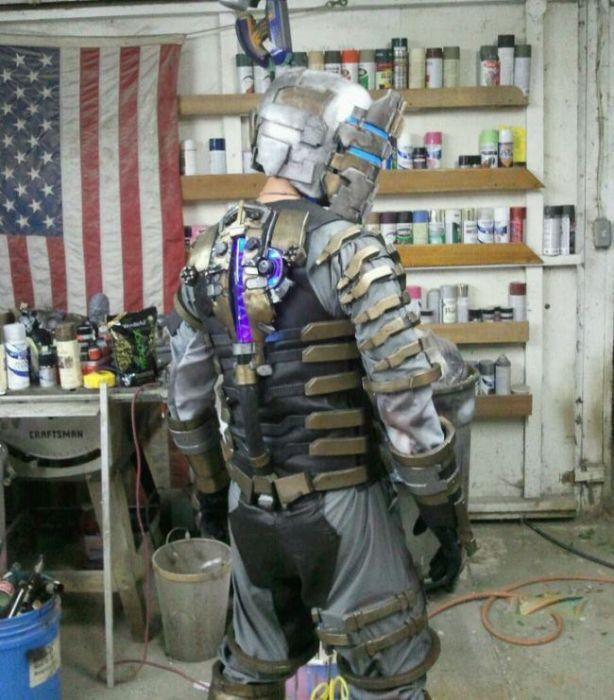 Костюм Dead Space 2 своими руками (23 фото)