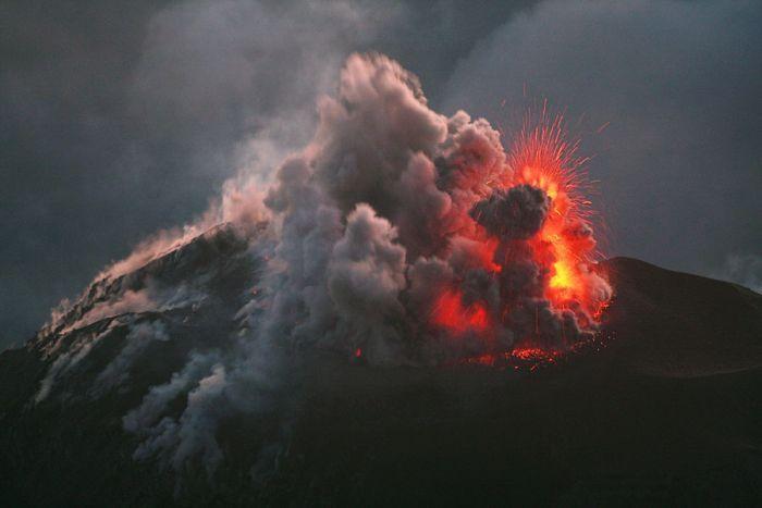 Шокирующие фотографии вулканов (80 фото)